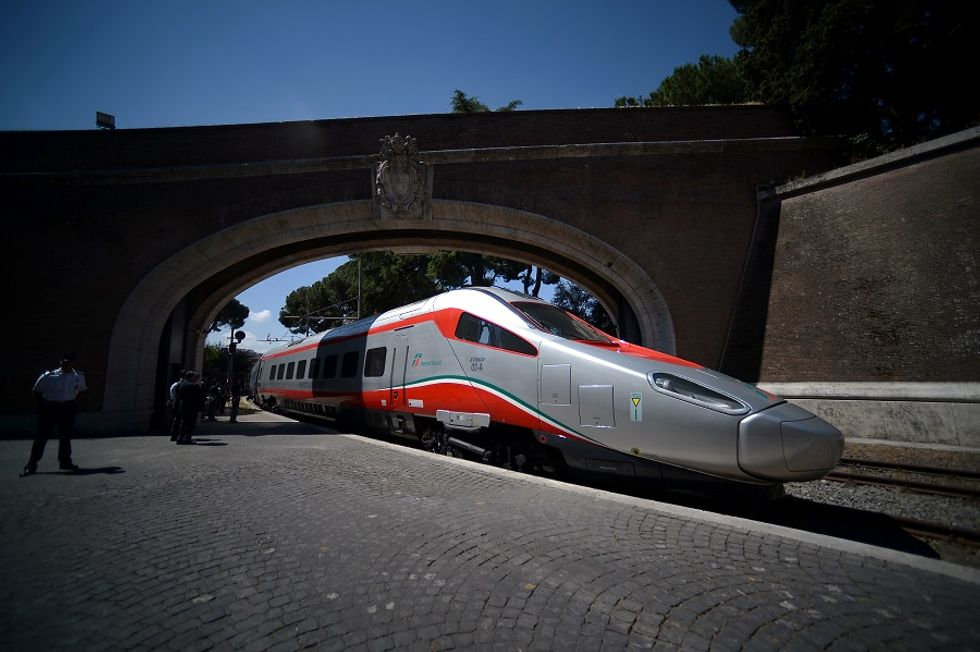 Italy looking for GE's help to create a new rail group