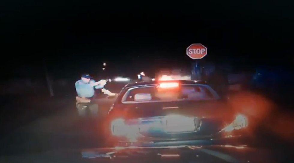 New Jersey: la polizia uccide un nero con le mani alzate
