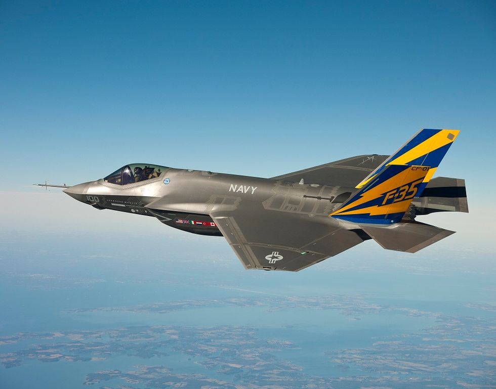 Washington chooses Italy for F35 maintainance