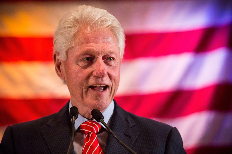 """Scandalo Lolita Express: anche Bill Clinton tra i """"passeggeri"""""""