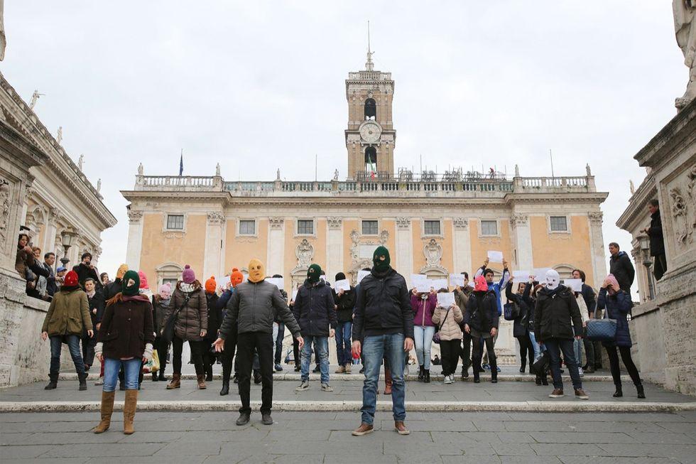 Pussy Riot: le foto del flash mob in Campidoglio
