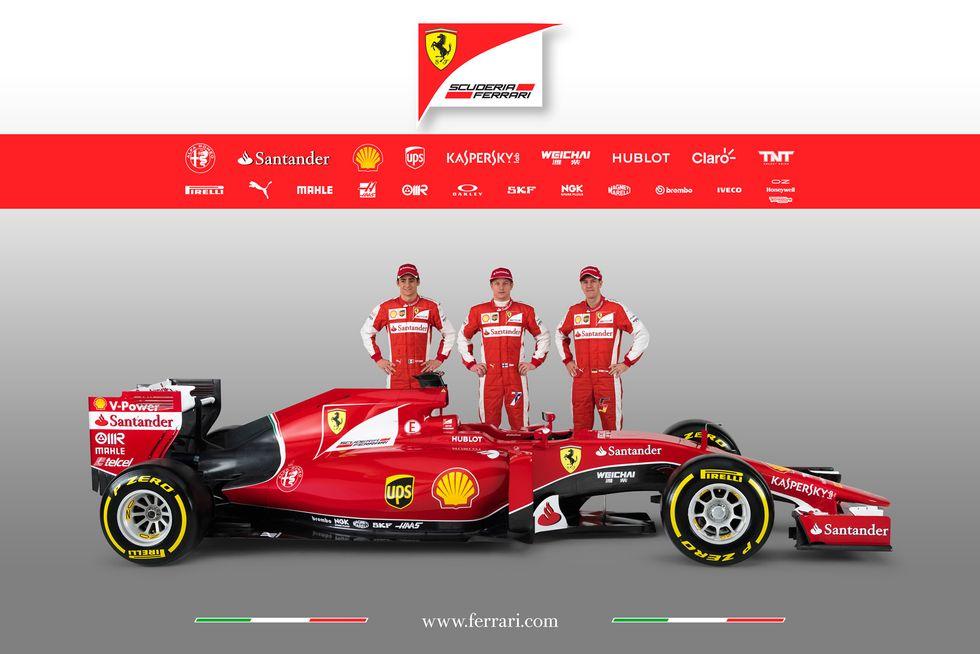 Presentata la nuova Ferrari SF15-T: le foto