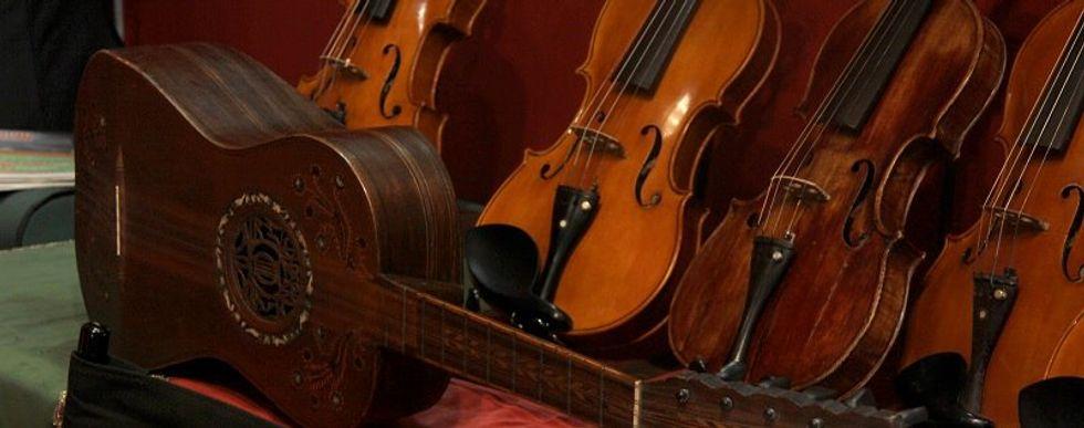 The Italian violin made from silk