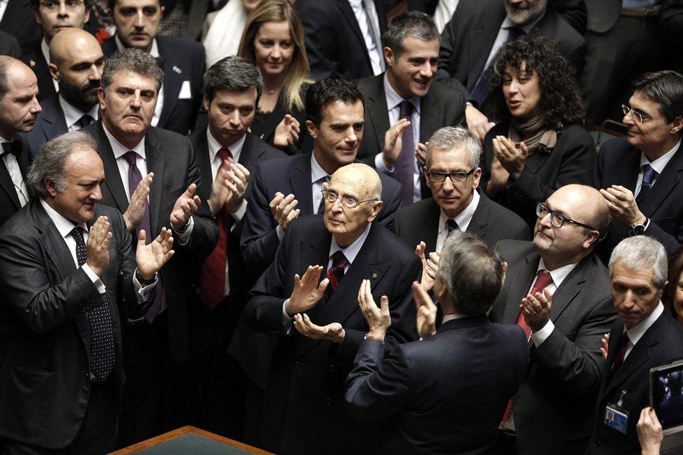 Mattarella presidente: auguri, reazioni e qualche malcontento