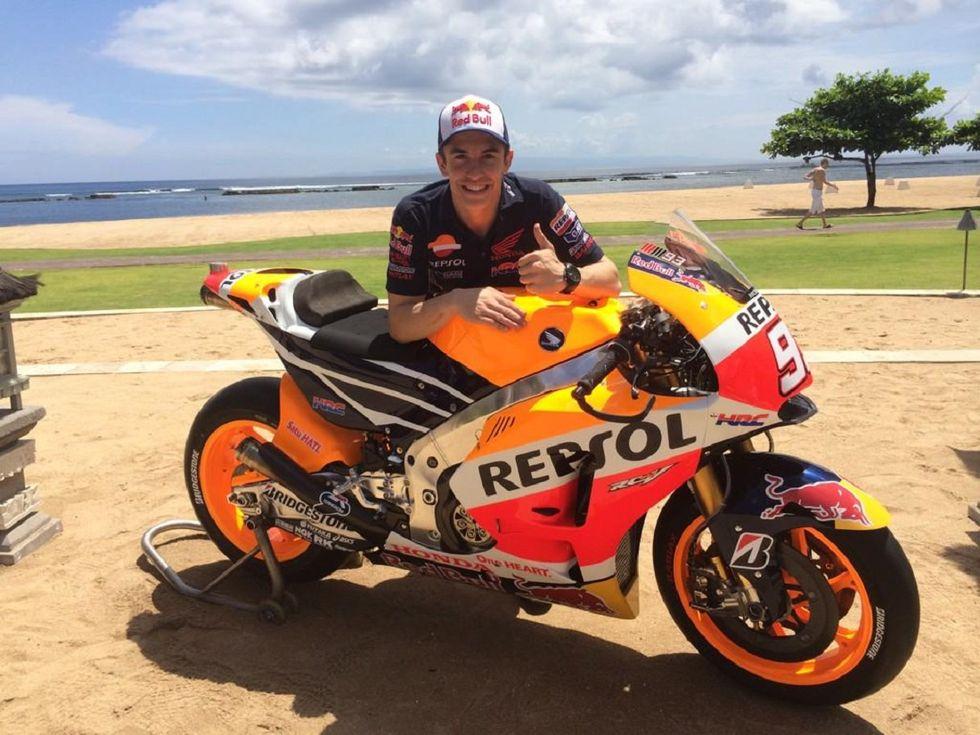 Marquez presenta la nuova Honda