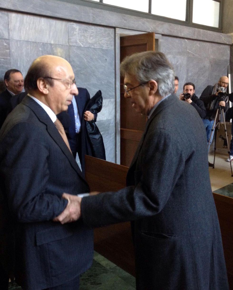 """""""la Pallonata"""" - Moggi e Moratti, la stretta di mano di due nemici"""