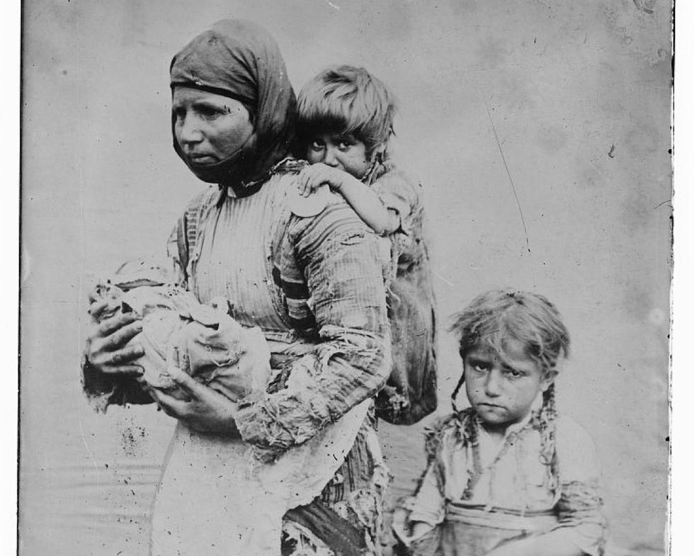 Il genocidio degli Armeni, il popolo che oggi accoglie la visita del Papa