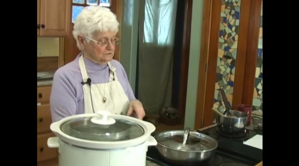 """""""Nonna marijuana"""" e la cucina curativa a base di cannabis"""