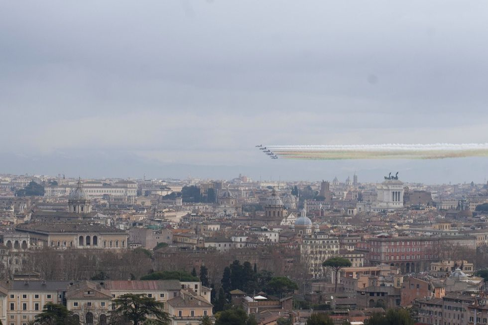 Le frecce tricolori al giuramento di Mattarella - FOTO