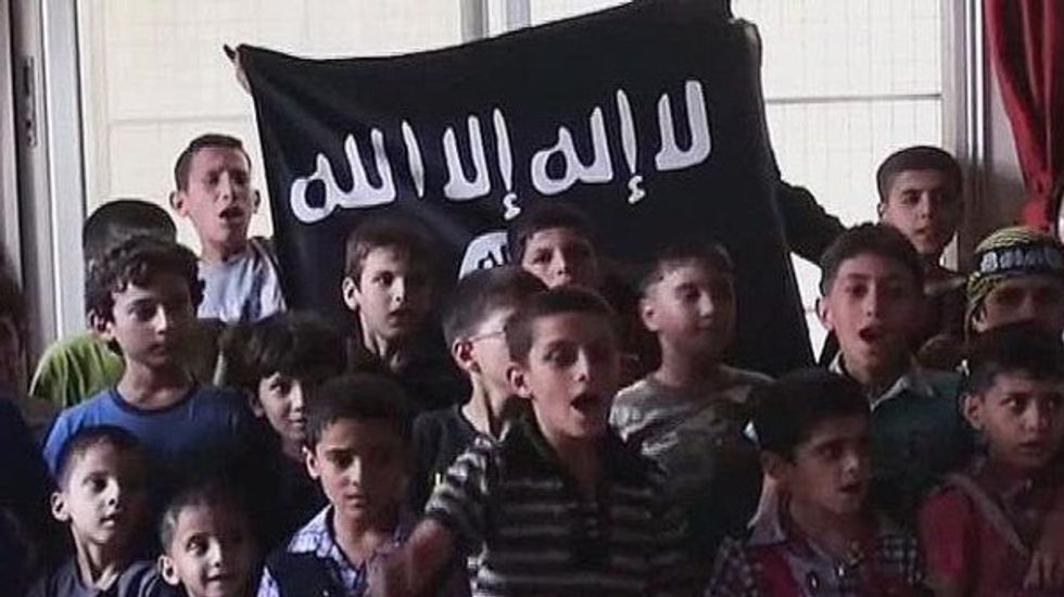 Così l'Isis tortura e uccide i bambini