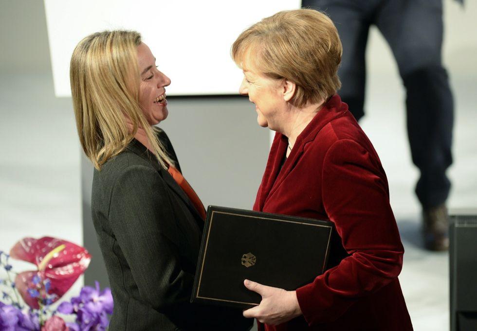 Merkel e Hollande da Putin: e la Mogherini dov'è?