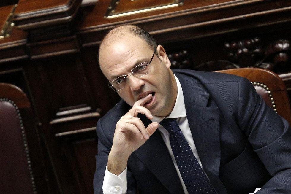 Angelino Alfano, storia di un politico poco protagonista