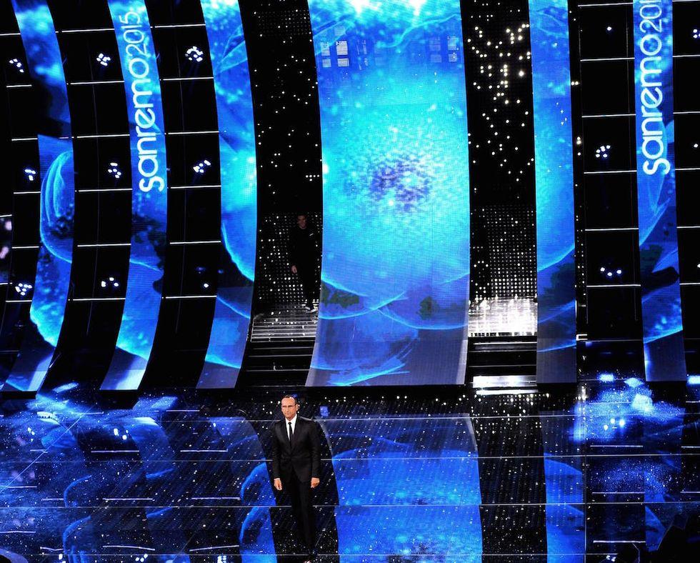 Sanremo 2015: la quarta serata con il ct Antonio Conte e Virginia Raffaelle