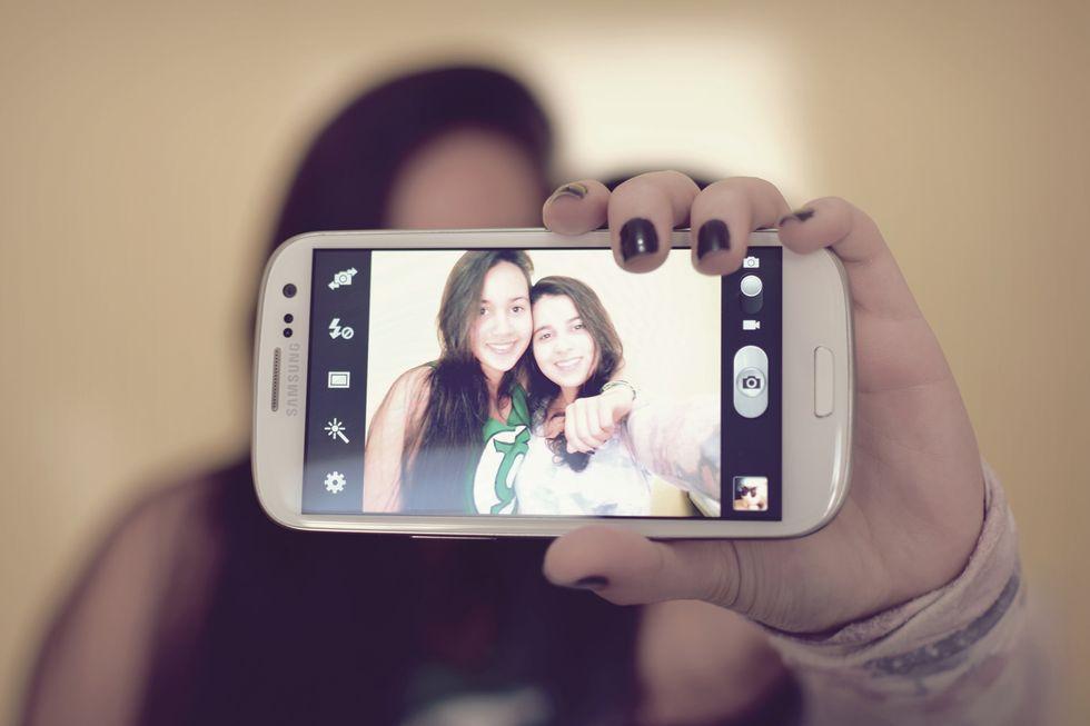 Il lato oscuro delle selfie: per gli psicologi denotano insicurezza