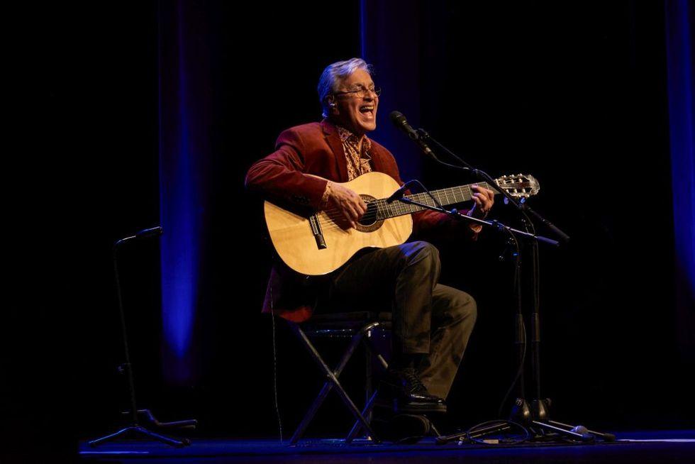 Caetano Veloso: compie 75 anni il 'Bob Dylan del Brasile'