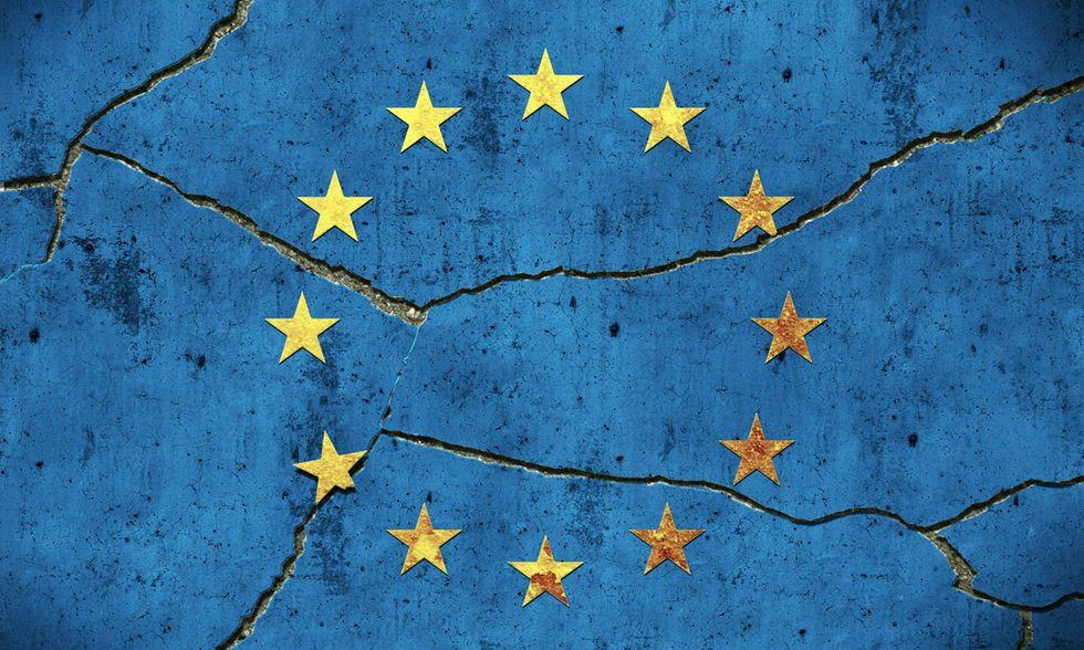 Europa, crisi, simbolo, muro crepato