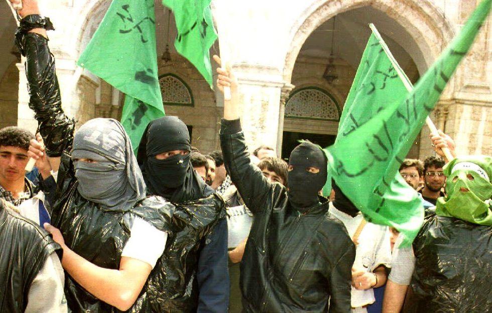 Le torture di Hamas contro i collaborazionisti