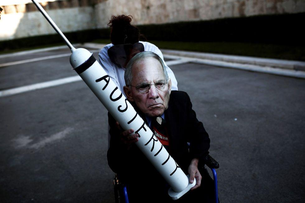 L'accordo sulla Grecia soddisfa tutti, ma non risolve niente