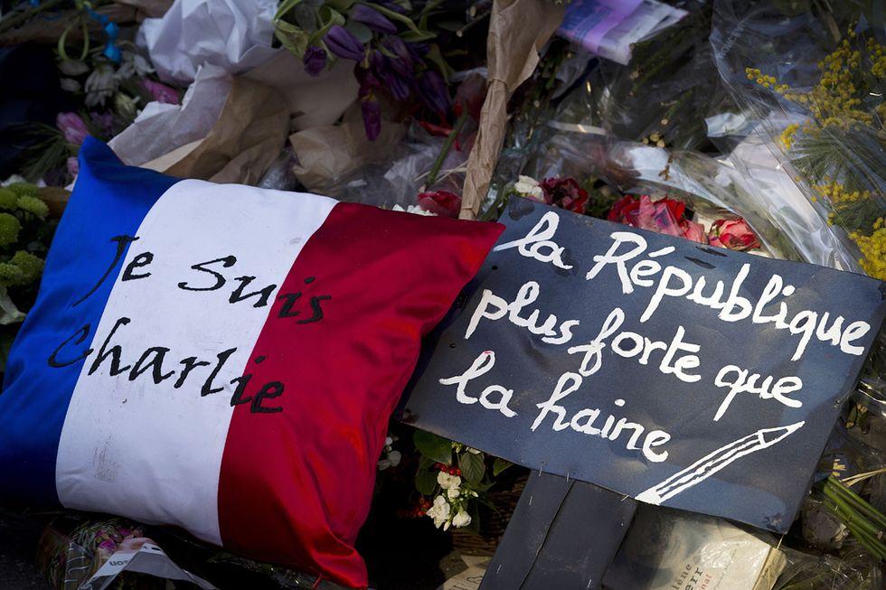 Francia: vogliono partire per la Siria, ritirati i passaporti