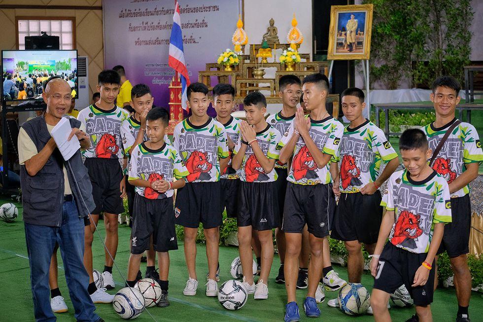 I 12 ragazzi thailandesi rimasti intrappolati nella grotta per 18 giorni