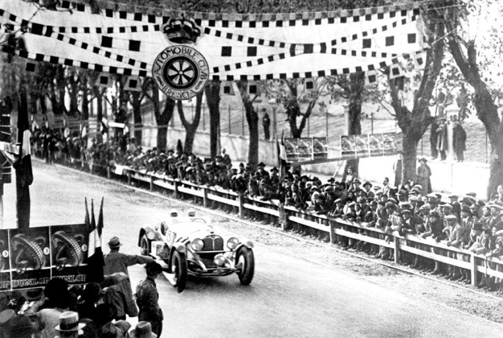 """La """"Mille Miglia"""" ha 90 anni - Foto"""
