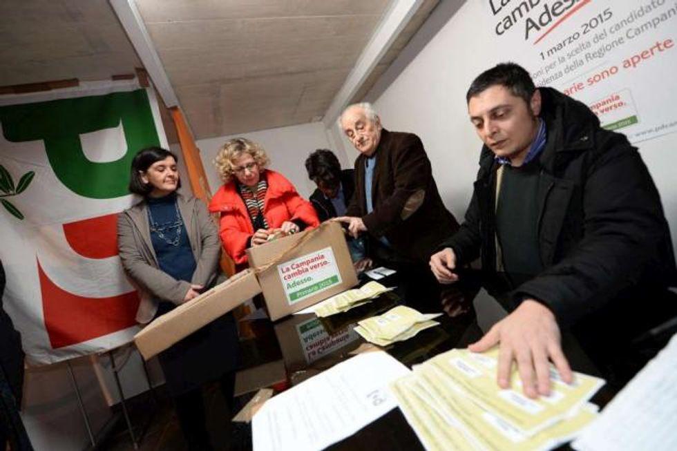 Primarie Pd, De Luca vince in Campania