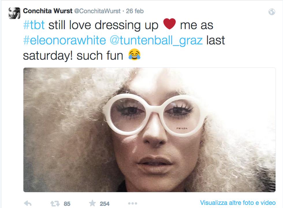 Il nuovo look di Conchita Wurst: bionda e senza barba