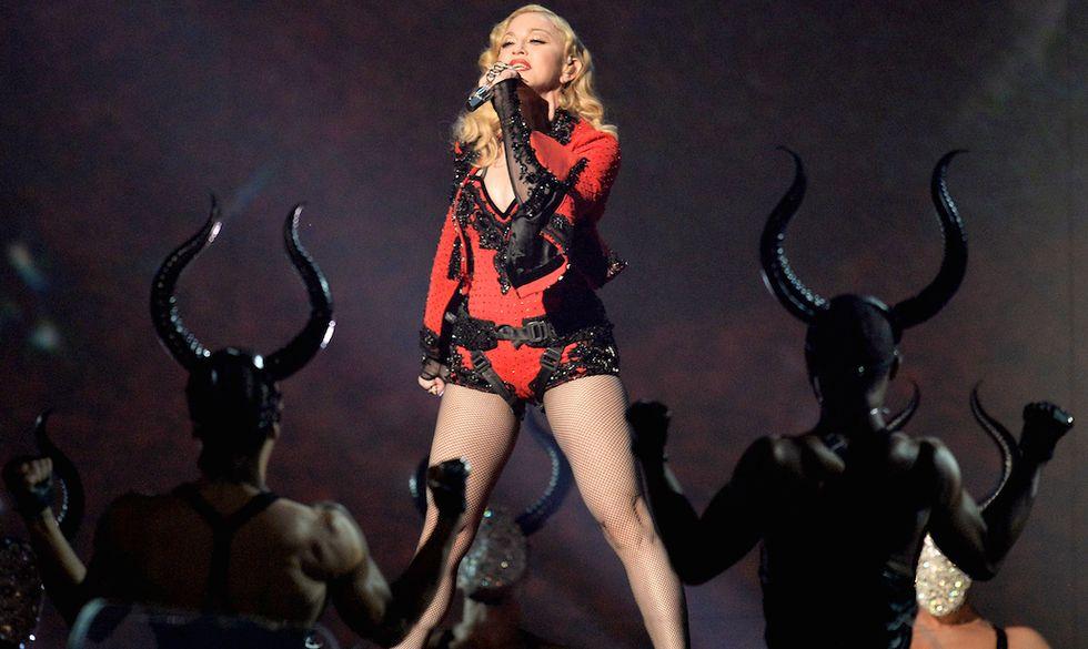 Madonna durante la cerimonia dei Grammy Awards