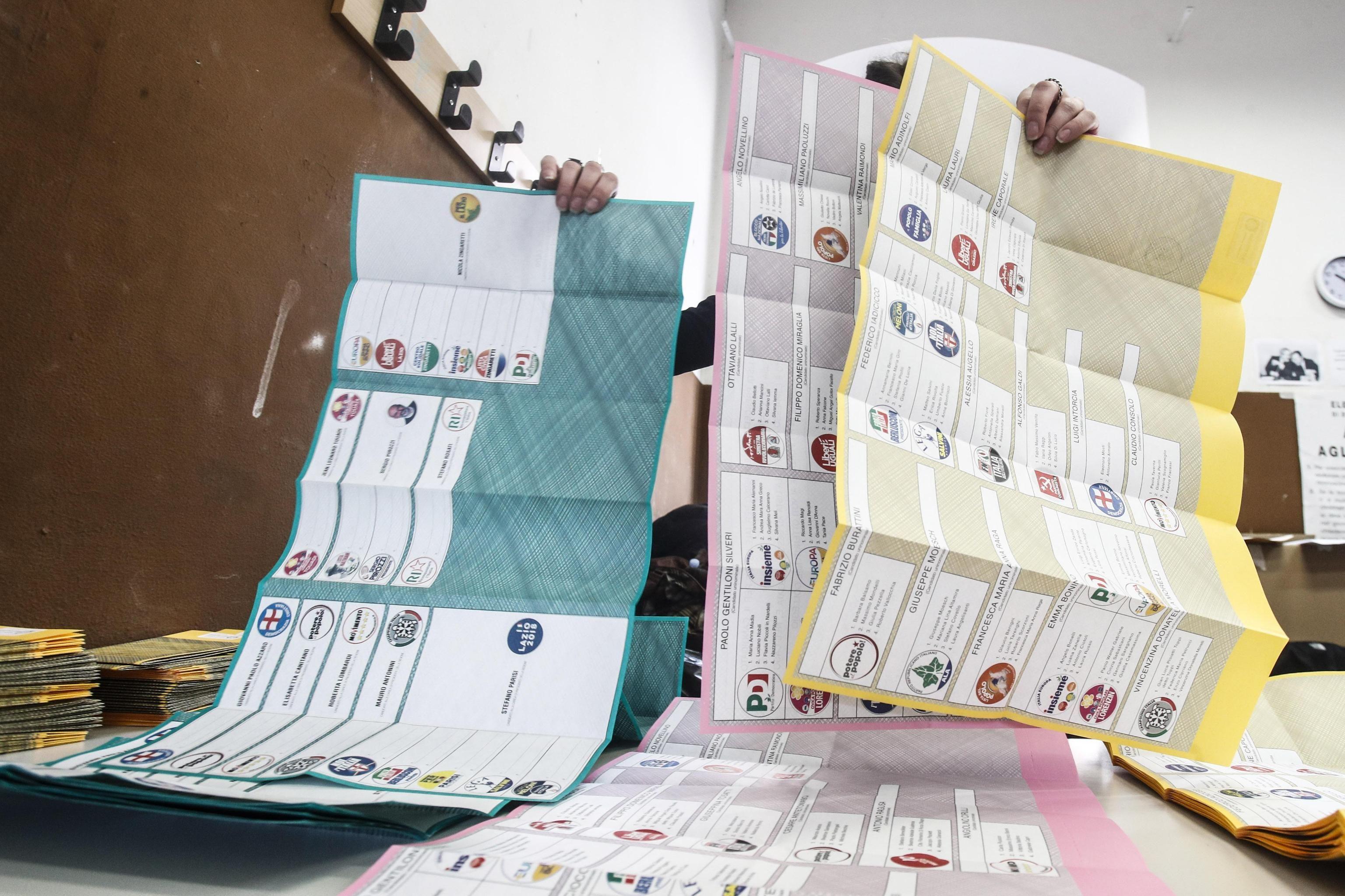 Gli ultimi sondaggi |  le intenzioni di voto