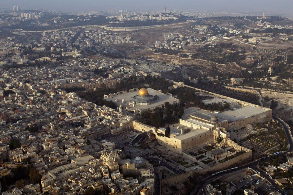 Attentato a Gerusalemme: 5 soldatesse ferite