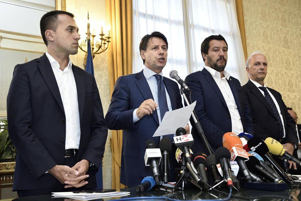 Il premier Conte con i suoi due vice: Luigi Di Maio e Matteo Salvini