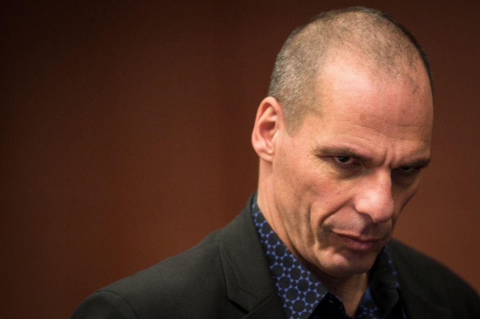 La Grecia al collasso studia il piano D: default