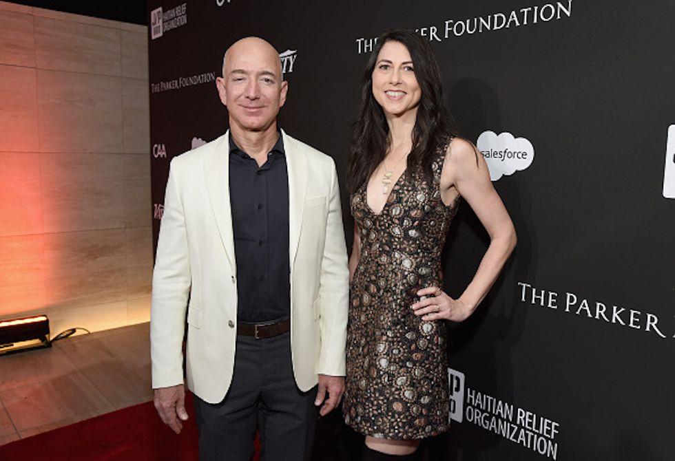 Jeff e Mackenzie Bezos