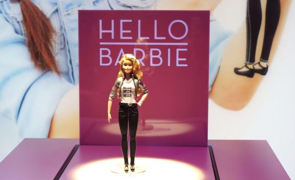 La Barbie col Wi-Fi che spaventa i genitori