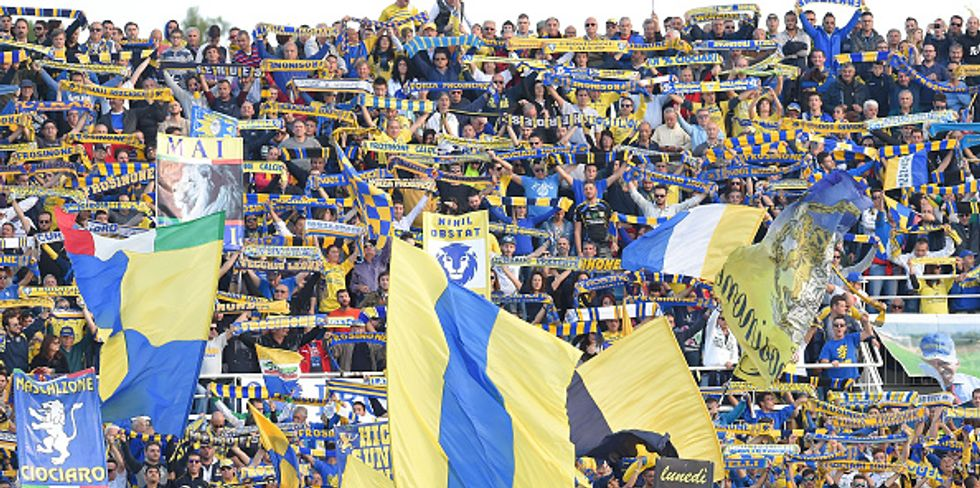 Giallo a Frosinone: un bigliettino in panchina anticipa il risultato finale