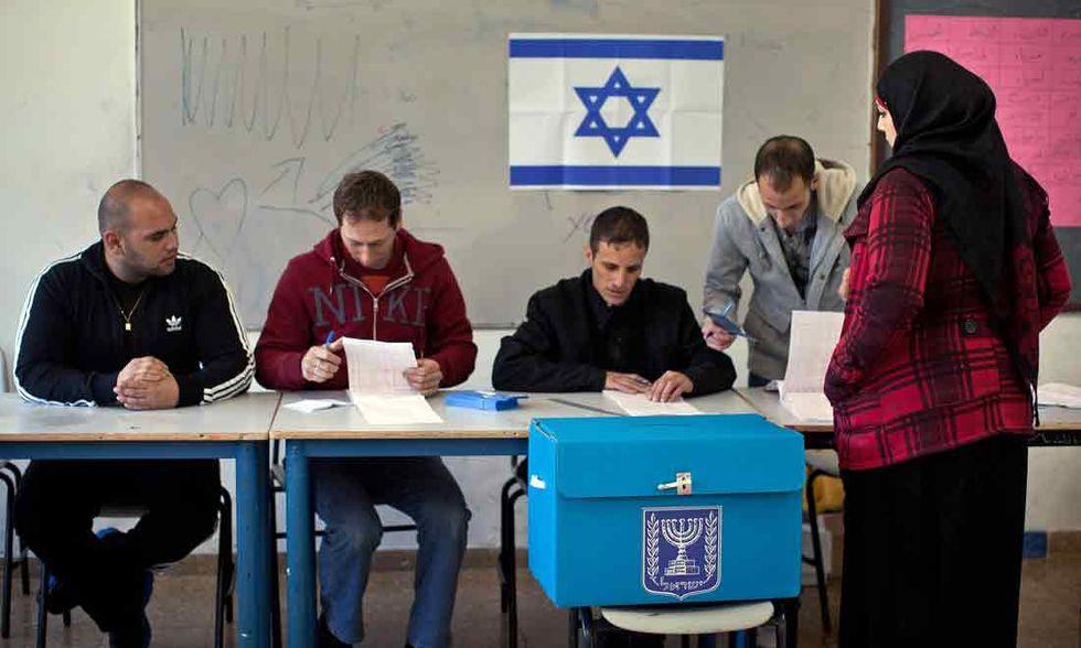 Israele: il voto normale di un Paese assediato
