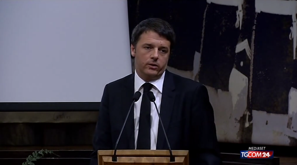 "Renzi attacca l'Anm: ""Frasi sciocche e tristi"""