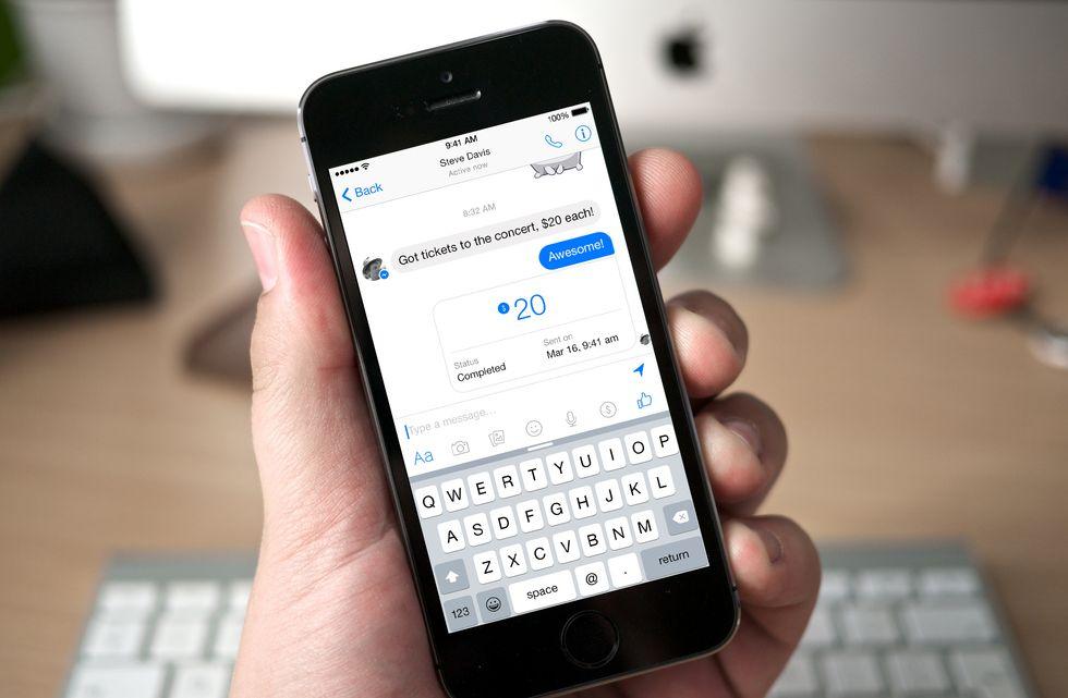 Facebook, come pagare con Messenger