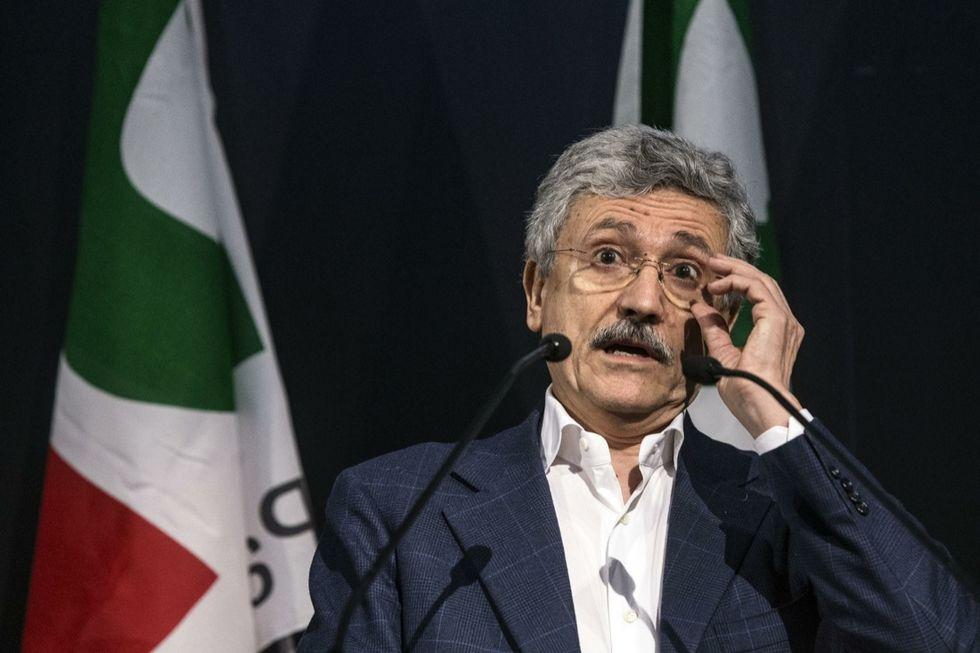 D'Alema attacca Renzi e tenta di unire la minoranza Pd