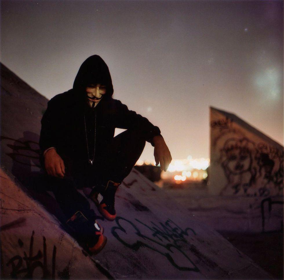 Anonymous: la guerra all'Isis si fa con il crowdfunding