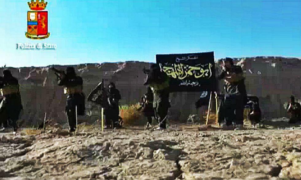 Isis, nella cellula italiana una decina di aspiranti jihadisti