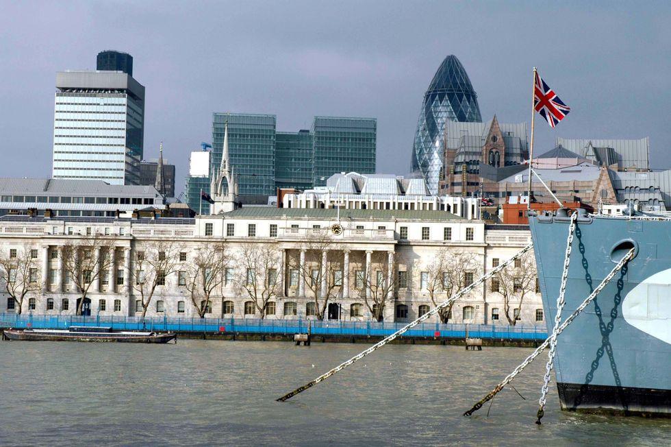 Fiat e tasse, cinque buone ragioni per scegliere Londra