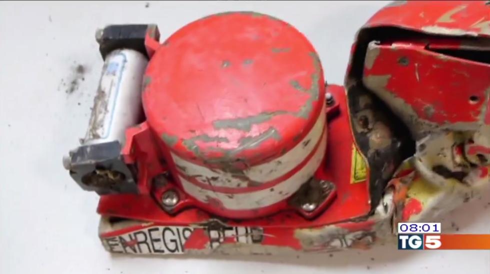 Schianto Germanwings: in cabina c'era solo un pilota
