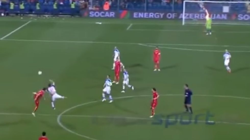 Montenegro-Russia: petardo su Akinfeev e partita sospesa