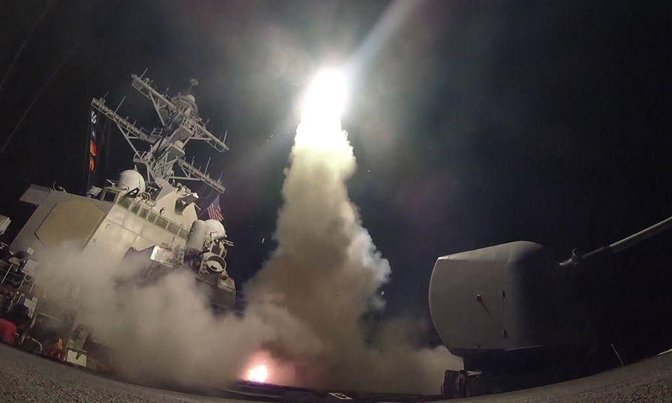 Missili Usa sulla base di al-Shayrat, Siria