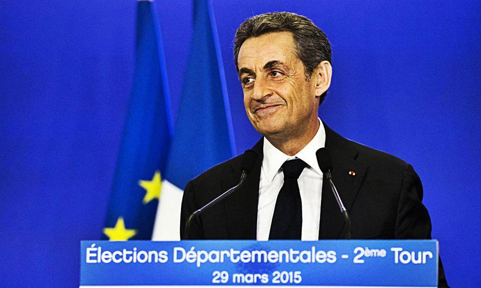 Francia, Sarkozy vince le elezioni amministrative. Adesso rivuole l'Eliseo