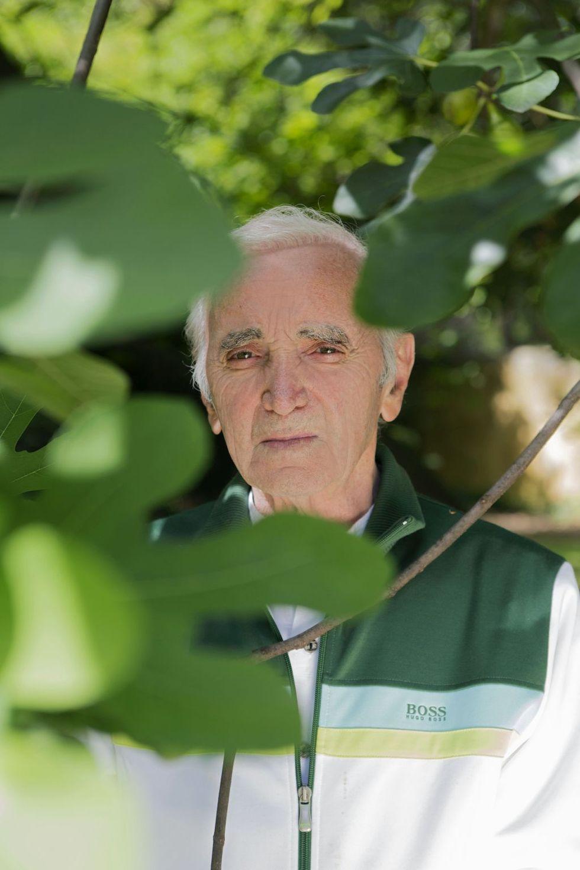 Addio a Charles Aznavour: le 5 canzoni indimenticabili