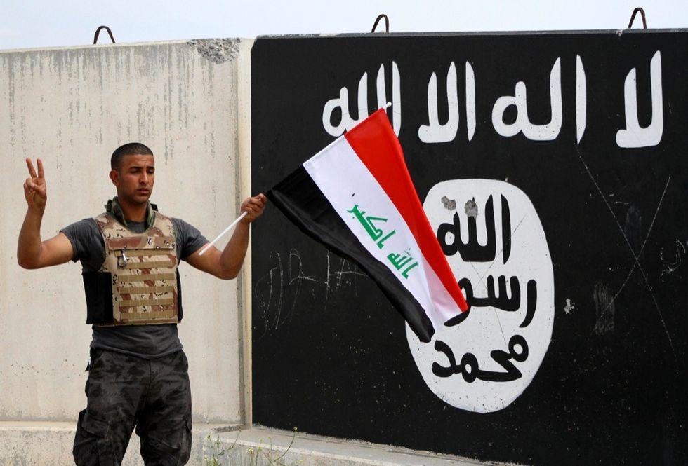 Perché l'Isis è sempre più forte in Libia, Iraq e Siria