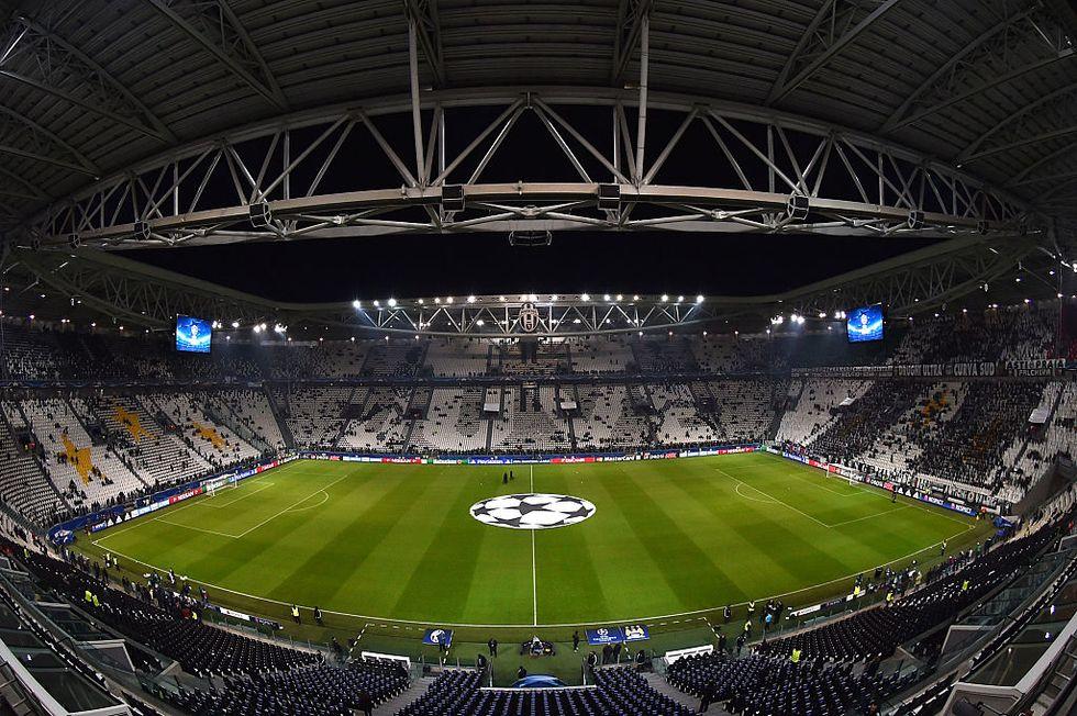 Juventus-Barcellona: Dybala e Higuain contro Messi, sfida Champions