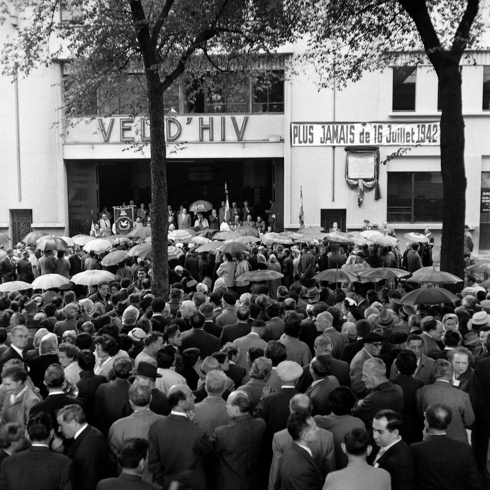 """16 luglio 1942: il rastrellamento del """"Vélodrome d'Hivèr"""" di Parigi"""